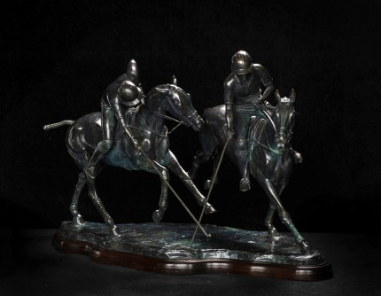 """Hooking the Forehand"" Bronze, 58 x 34 x 40 cm, Base: 56 x 28 cm, Weight 13kg"