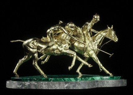 """Hooking the Forehand"" 18ct gold, 58 x 34 x 40 cm, Base: 56 x 28 cm, Weight 13kg"