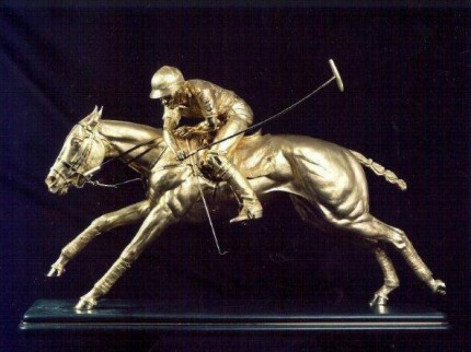 """Nearside Forehand"" 18ct gold, 130 x 84 x 29 cm, Base: 116 x 24 cm"