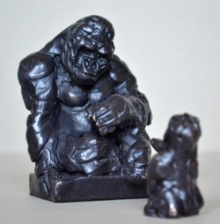 """Gorilla Family"" Bronze, Limited Edition: 12, 16 x 12 x 10 cm"