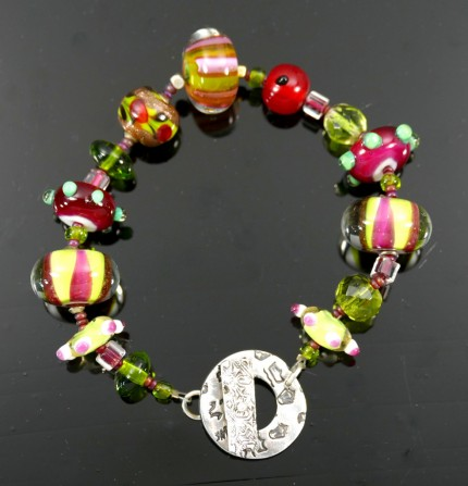"""Glowing Glass Bracelet"" Overall length: 8.5"", Price: $229, Chisholm Ref. #: SB-111 